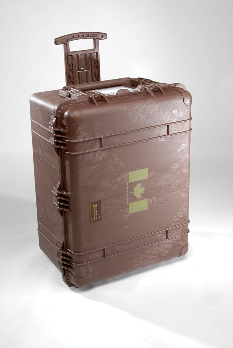 pelican-transport-cases-military-equipment-1630-mob.jpg