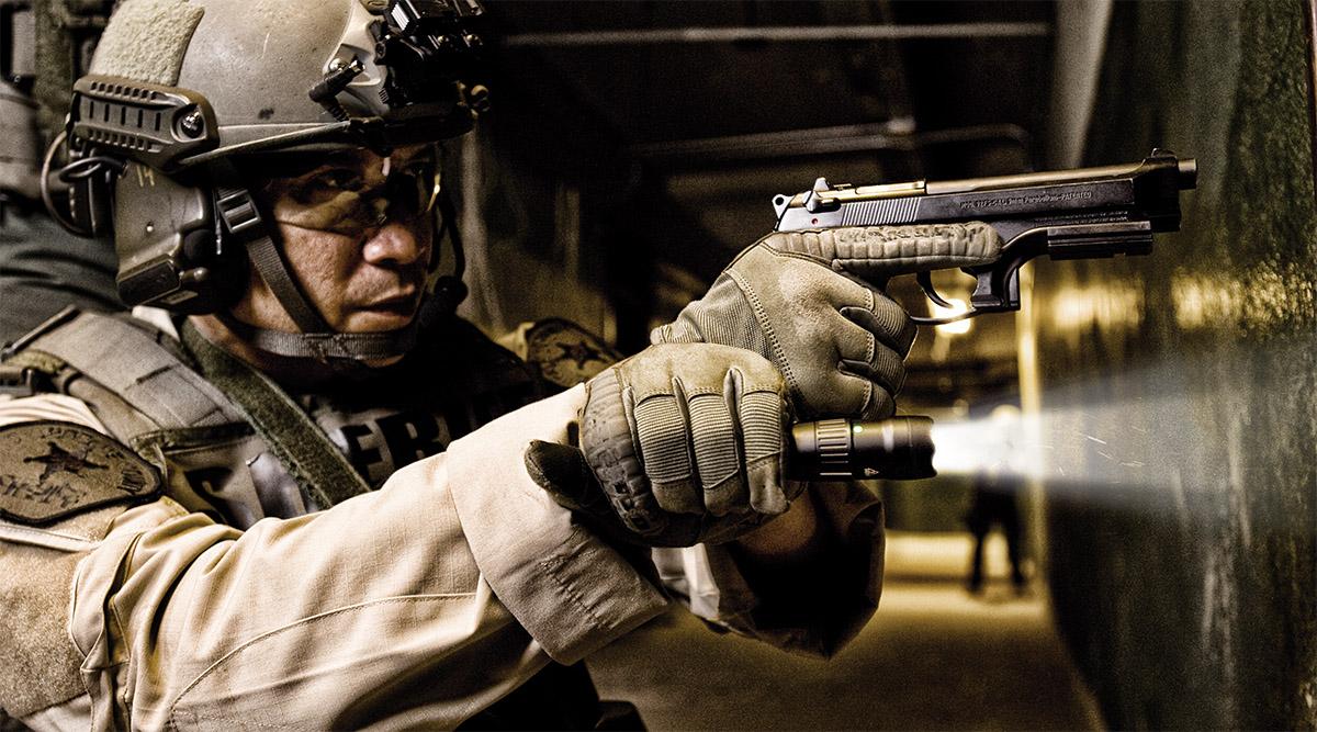 pelican professional tactical flashlight police led flashlights