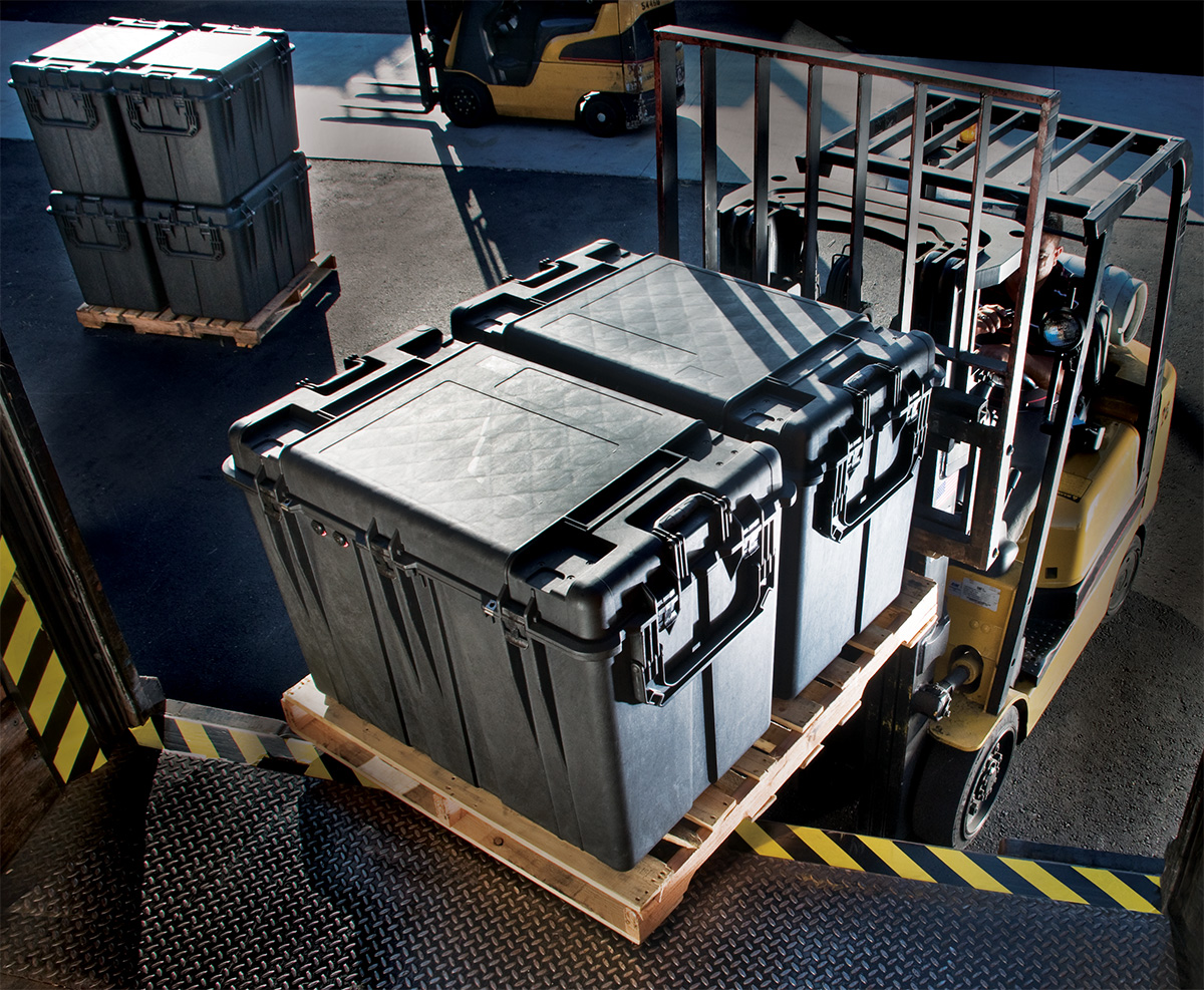Superb Pelican Peli Products 0500 Hard Shipping Pallet Forklift Cases