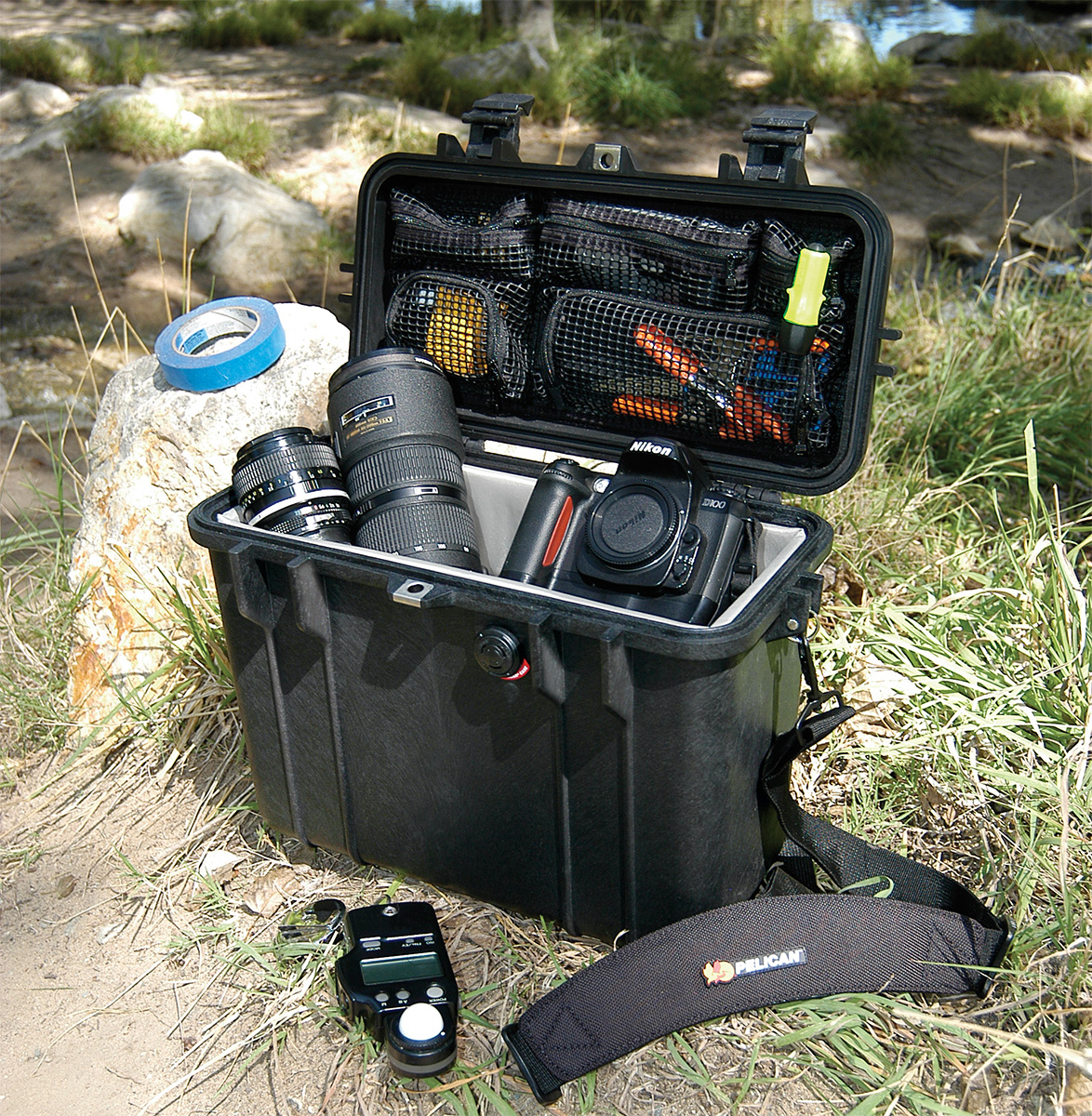 pelican peli products 1430 outdoor waterproof camera case