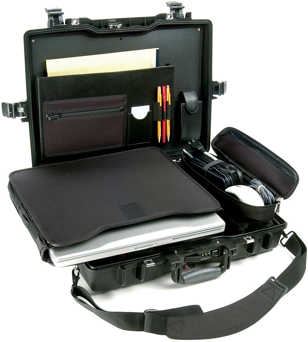 pelican peli products 1495CC1 1495 laptop lockable outdoor case