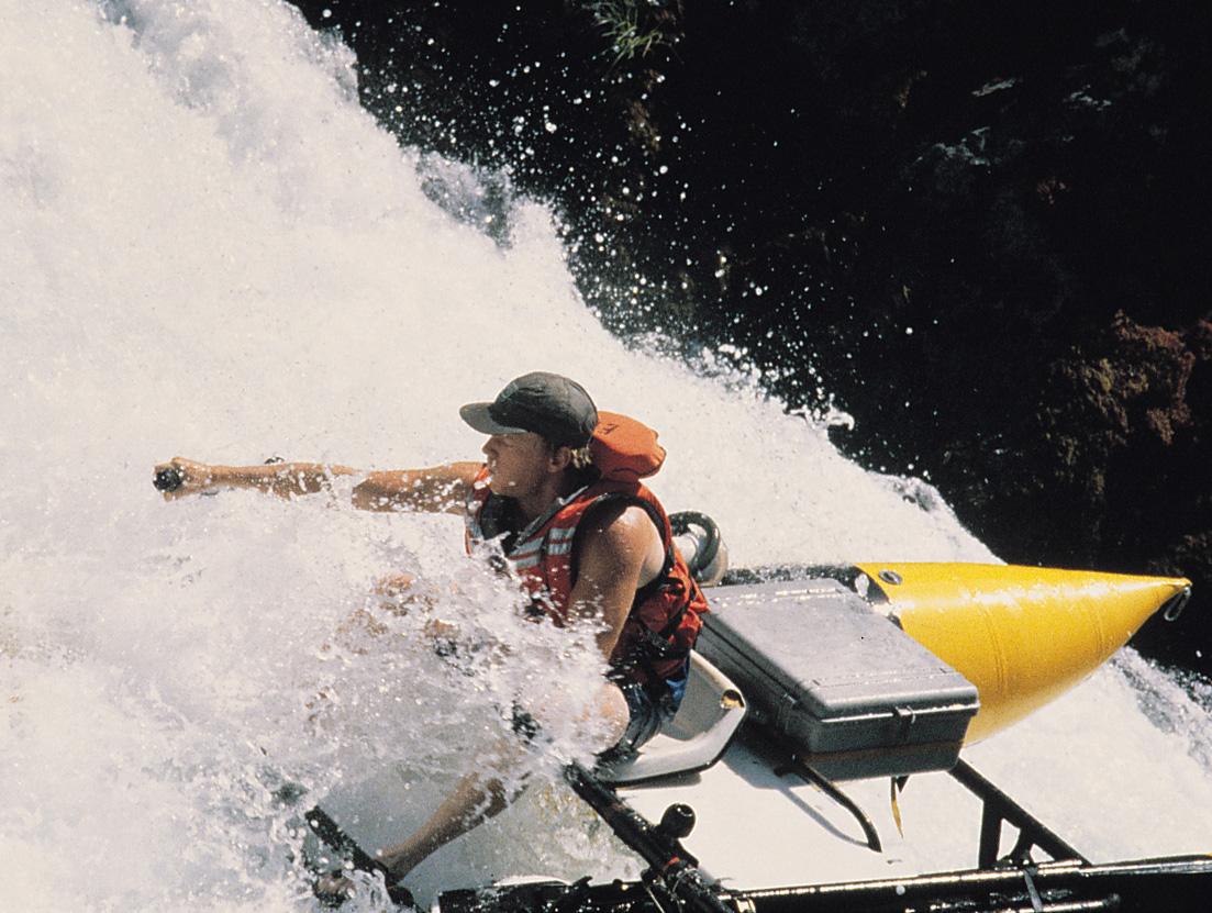 pelican peli products 1600 watertight underwater hard case