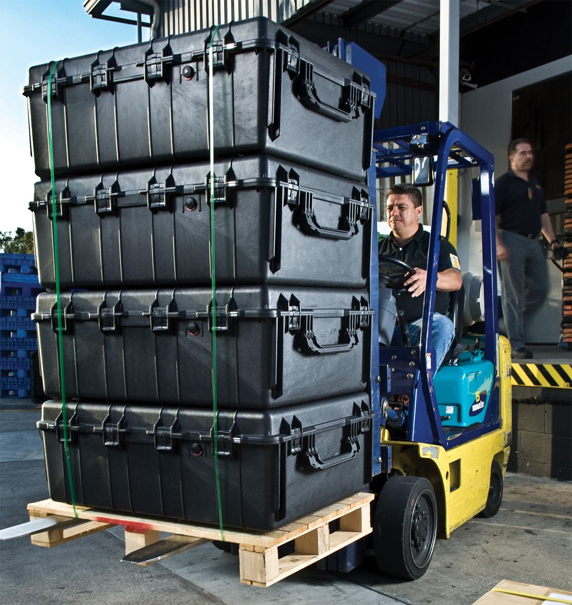pelican peli products 1730 pallet transport shipping case