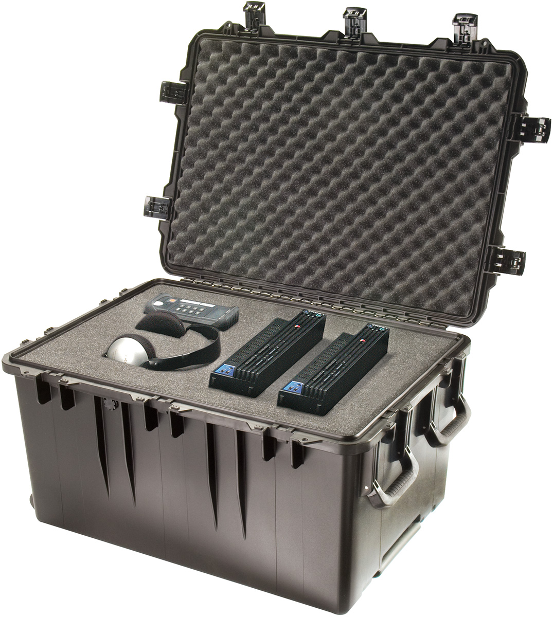 pelican peli products iM3075 large storm plastic flight gear case hardigg hardcase