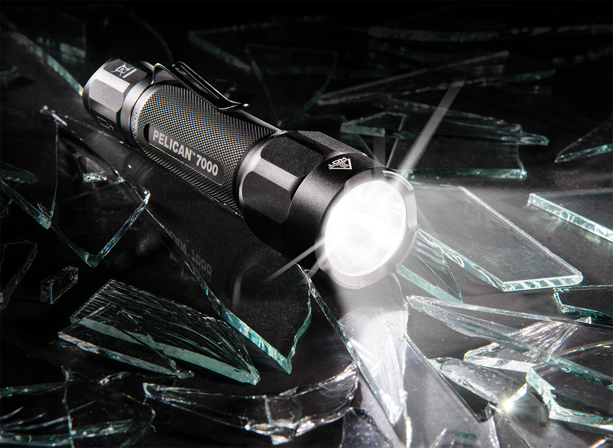 pelican peli products 7000 hight lumens led tactical flashlight