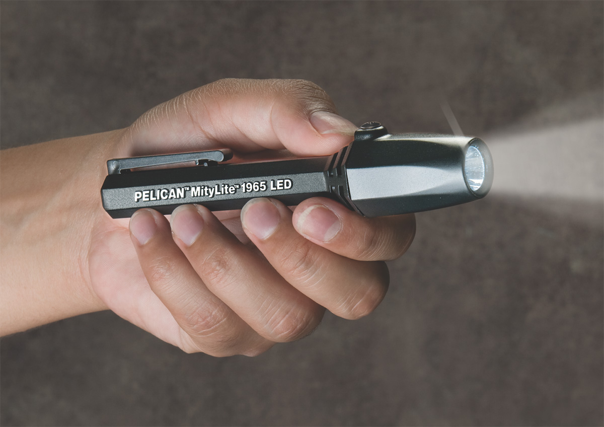 pelican peli products 1965 small best mitylite safety flashlight