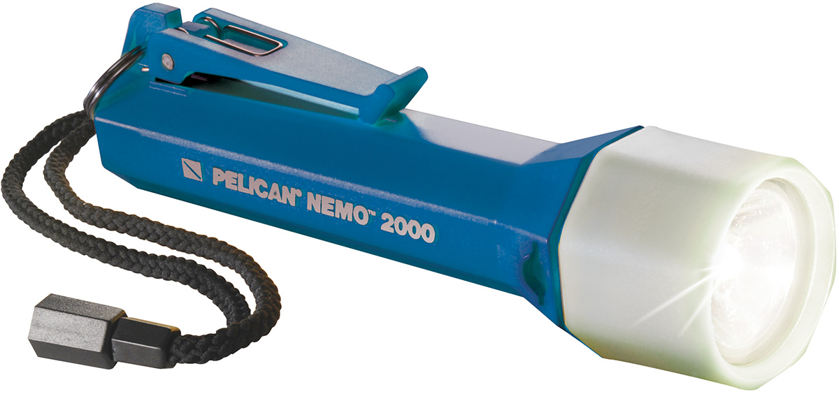pelican peli products 2000N submersible dive light flashlight