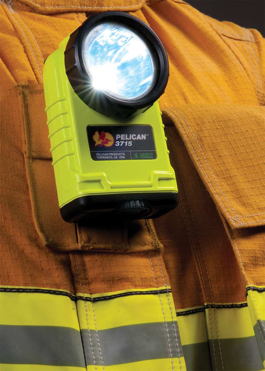 pelican peli products 3715 firefighter safety approved flashlight