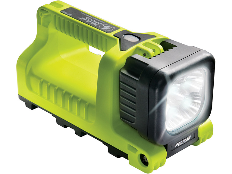 pelican professional super birhgt led flashlights