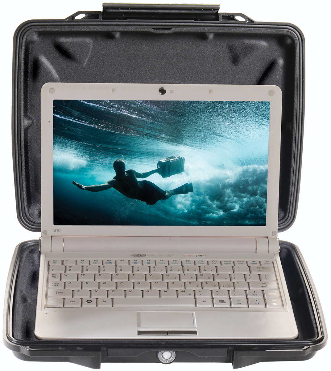 pelican peli products 1075CC hard shell laptop waterproof case