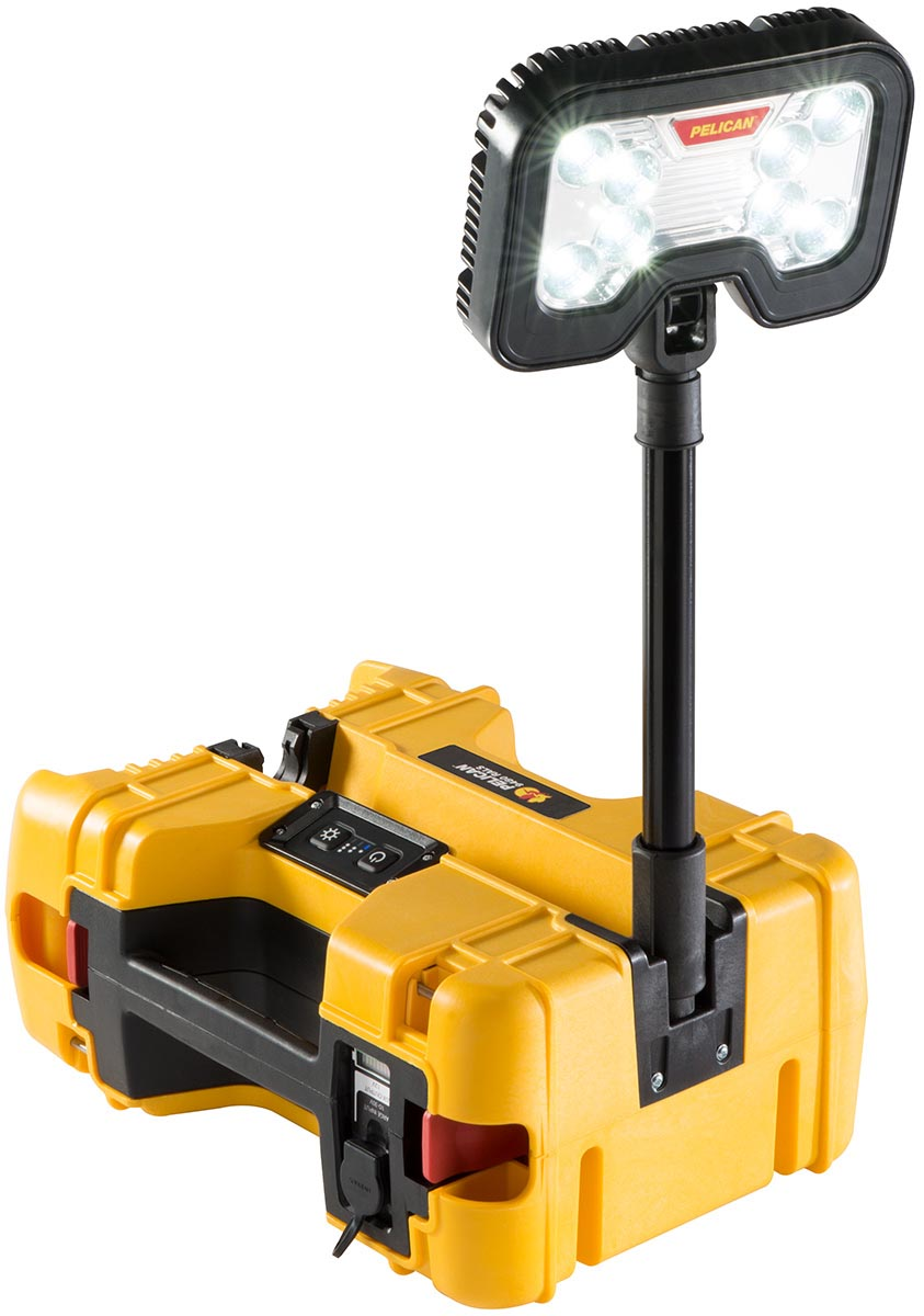 pelican peli products 9480 portable led birght spot light