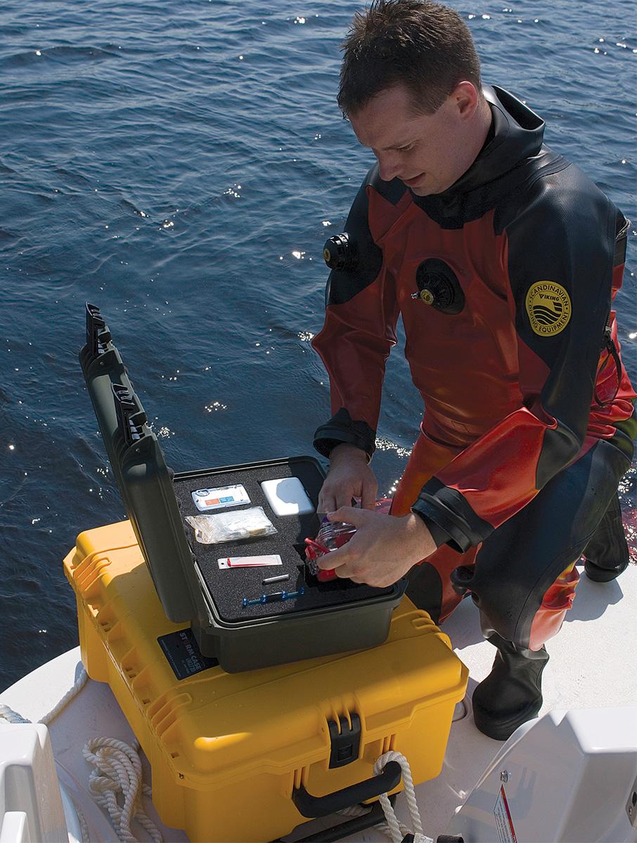 pelican peli products iM2720 underwater dive boat marine case