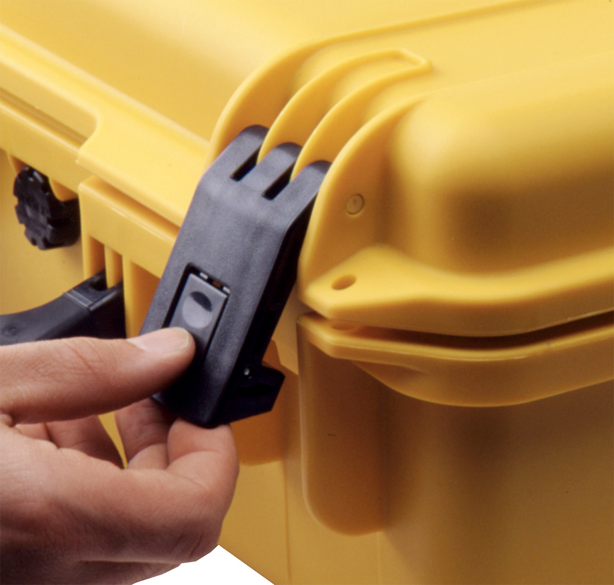 pelican peli products storm hard cases press pull latches hardigg hardcase