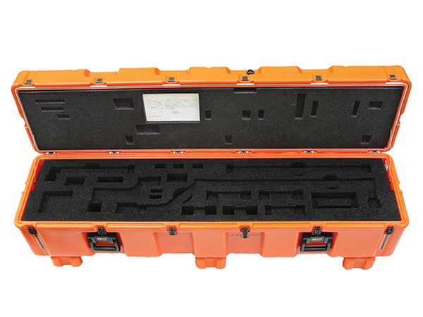 Pelican custom shipping cases pallet